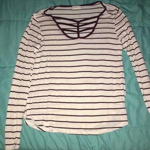 XL Long sleeved purple and white shirt by Glitz